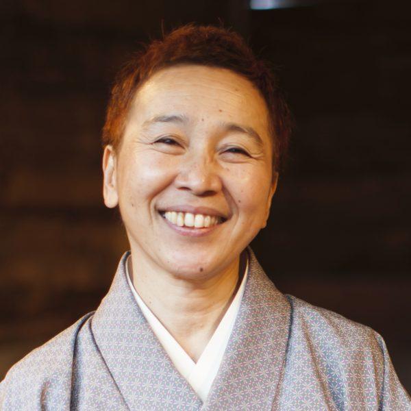 セラピスト・鎌田麻莉さん「食べることは生きること、と本当に思います。」サムネイル